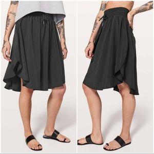 Lululemon Everyday Skirt Black Sz 4 EUC
